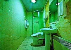 凱撒酒店 - 烏蘭巴托 - 浴室