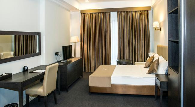 Ambassador Hotel - 比什凱克 - 臥室