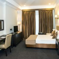 Ambassador Hotel Guest room